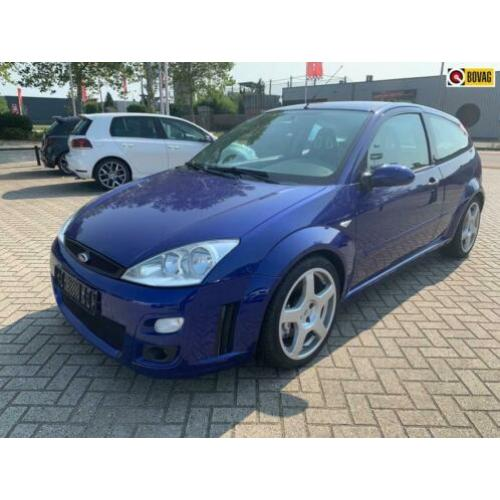 Ford Focus 2.0-16V RS Turbo